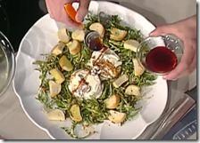 Caprino grigliato con insalatina di tarassaco e sciroppo d'abete