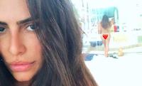 Cleo Pires publica foto nua e deixa emoji de coração no bumbum