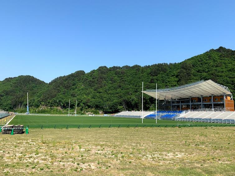釜石鵜住居復興スタジアム(西側から)