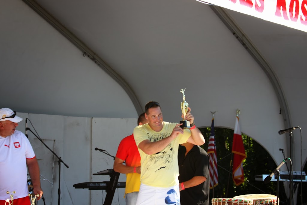PiknikStatenIsland2010 Awards Ceremony Arm Wrestling Contest Winner Dariusz Pawluczuk
