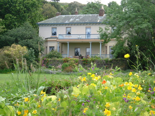 Lonah House