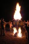 a závěrečný slibový oheň