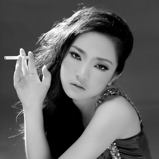 Bingyi Wang Photo 4