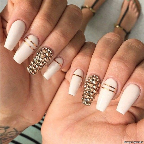 Nails Or A Attach Extension The Best Band Aid Is To Accomplish It 2 3 Weeks Afore Bells So You Will Acclimatize Their Length