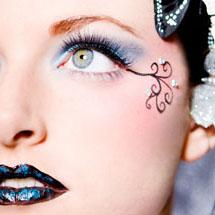 Maquiagem artística dramática