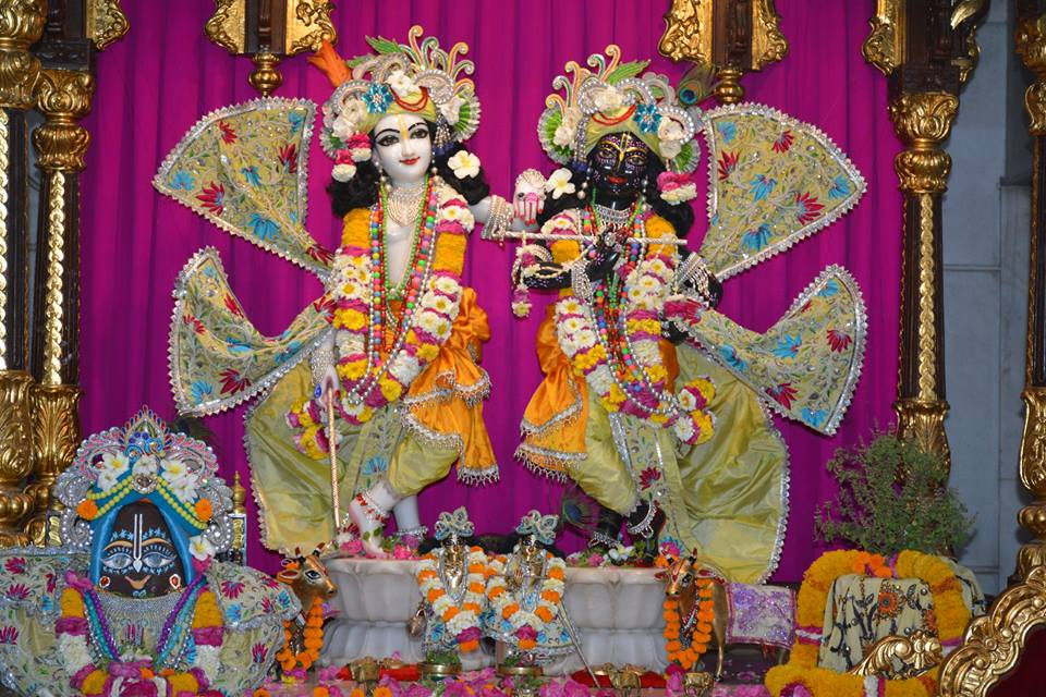 ISKCON Ujjain Deity Darshan 1 April 2016 (11)