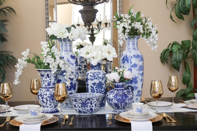 A Placing It In Diffe Vase For Example And Every Blue White Chinoiserie You See Here I Have Collected Over Time Still Continue To Do So