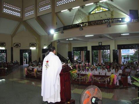 Hình ảnh thánh lễ mừng kính  trái  tim vẹn sạch Đức Maria bổn mạng Giáo xứ Khiết Tâm