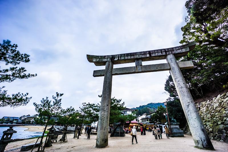 miyajima sando torii