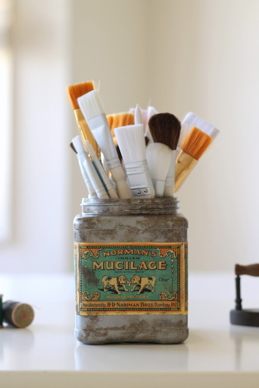 Faux Vintage Tin from Plastic Tub via homework (2)