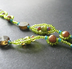Green Pea Pod Bead Chain