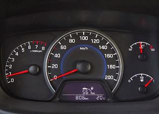 2014-Yeni-Hyundai-i10-18
