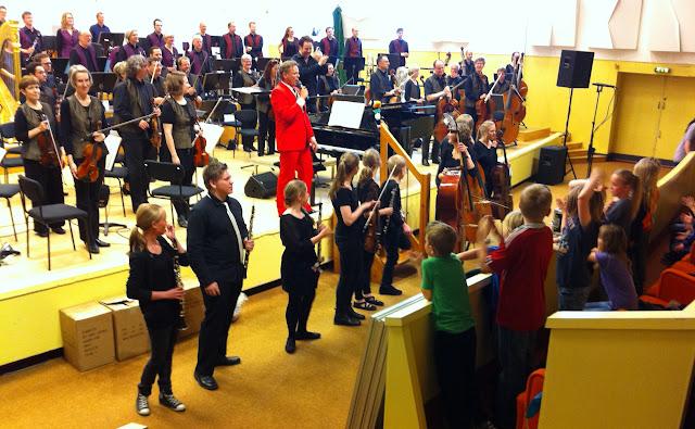 Orkesterskolen og Sigurd 26. og 27. maj 2011 - NO%2Bspiller%2Bmed%2BSigurd%2B2.jpg