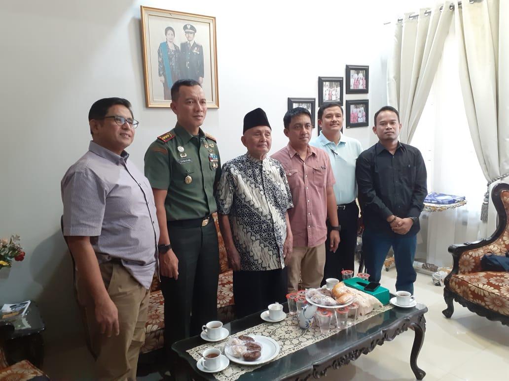 Danrem 141/Tp Kunjungi Sahabat Karib Almarhum Jenderal TNI Muh Yusuf, Ini Dibahas