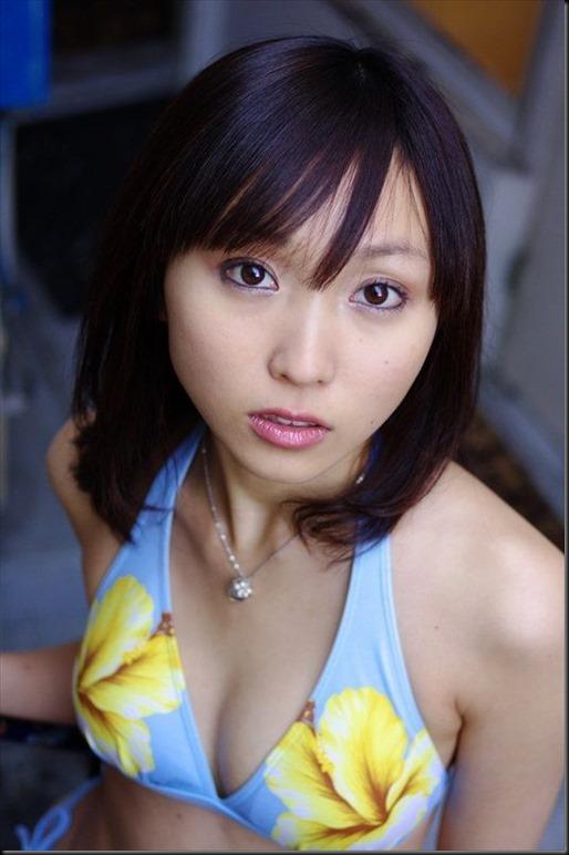 531full-risa-yoshiki (5)