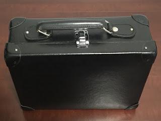 クロースアップマジック持ち運び用のカバン グローブトロッター13インチ