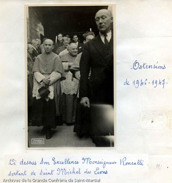 Ostensions 1947 - Retour de Saint-martial 01-2 - Mgr Roncolli arrive à Saint-Michel - Photothèque Paul Colmar.jpg