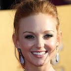 jayma-mays-ponytail-sophisticated-red.jpg