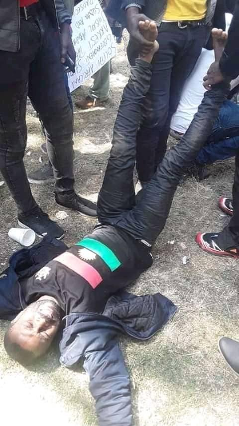 Police Opens Fire on IPOB Members Protesting Against President Buhari (Photos)