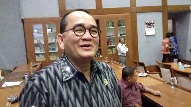 Krisdayanti Beberkan Gaji DPR, Ruhut Sitompul Seret Nama Akbar Faizal