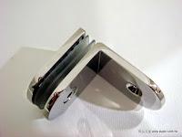 裝潢五金 品名:CH722-玻璃夾(單邊)  玻璃厚度*10MM 規格:38*50m/m 型式:玻對壁 顏色:PC 功能:固定玻璃層板用 玖品五金