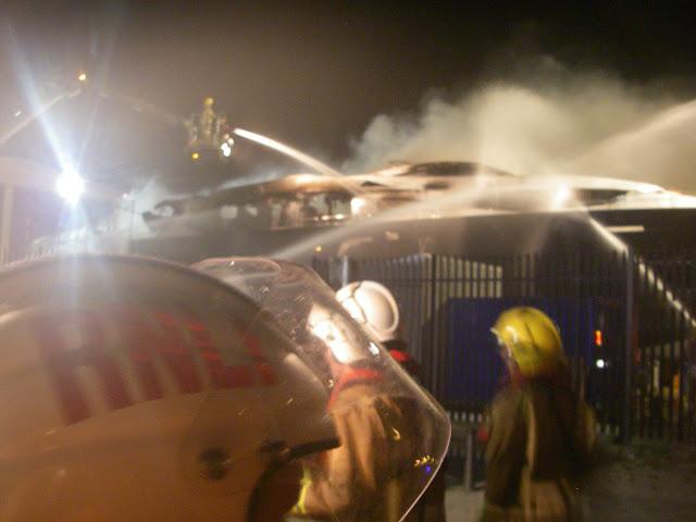6–7 May 2011 – fire onboard Sunseeker yacht, New Quay, Poole