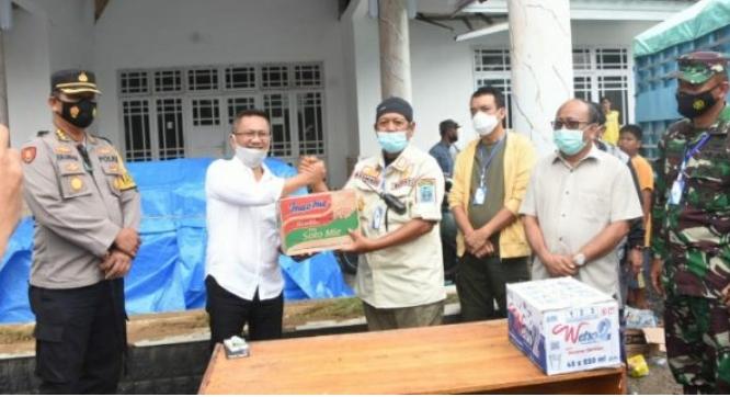 Wakil Bupati Mamuju Sambut Kedatangan Rombongan Peduli Kemanusiaan Pemkab Soppeng