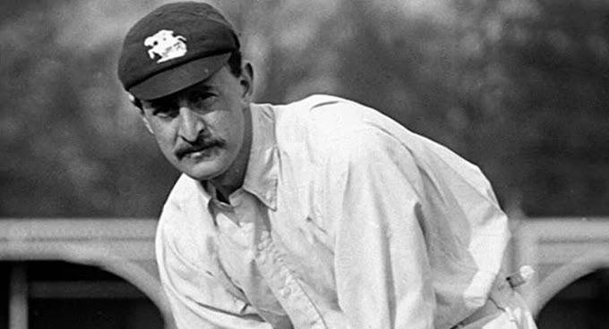 टेस्ट क्रिकेट के ऐसे बलेबाज जिन्होंने अपने डेब्यू मैच मे लगाया दोहरा शतक।