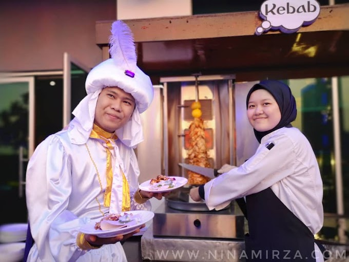 Aladdin and The Malaysian Treasures di The View Cafe
