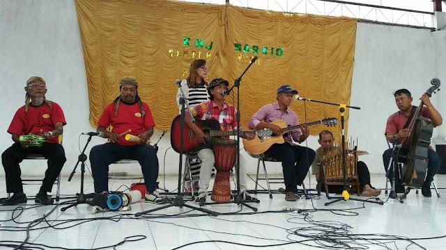 Kelompok Musik Jalanan Gelar Lomba Musik Seniman Jalanan