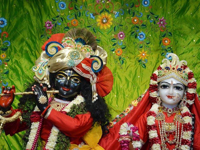 ISKCON Ahmedabad Deity Darshan 05 Mar 2016 (3)