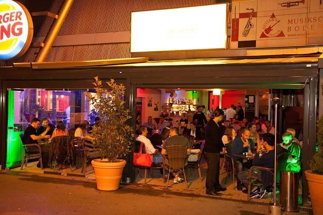 Isla Bonita Cocktail Bar