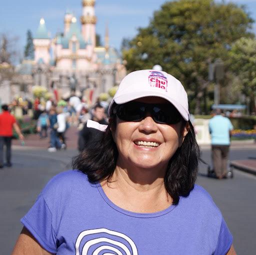 Gloria Quiroz Photo 16