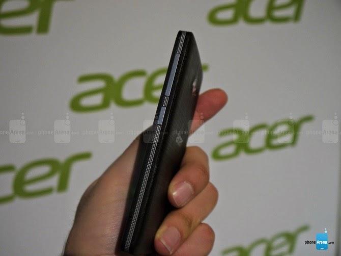 Acer Liquid M220 chuẩn bị lên kệ tại Mỹ, giá 80 USD, sẽ được cập nhật Windows 10