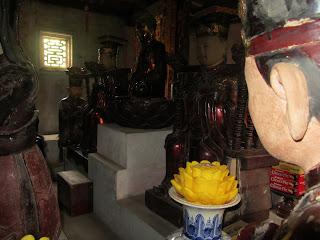 0018Ngo_Quyen_Temple