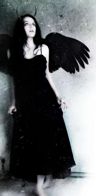 Dark Winged Evil Girl, Demonesses 2