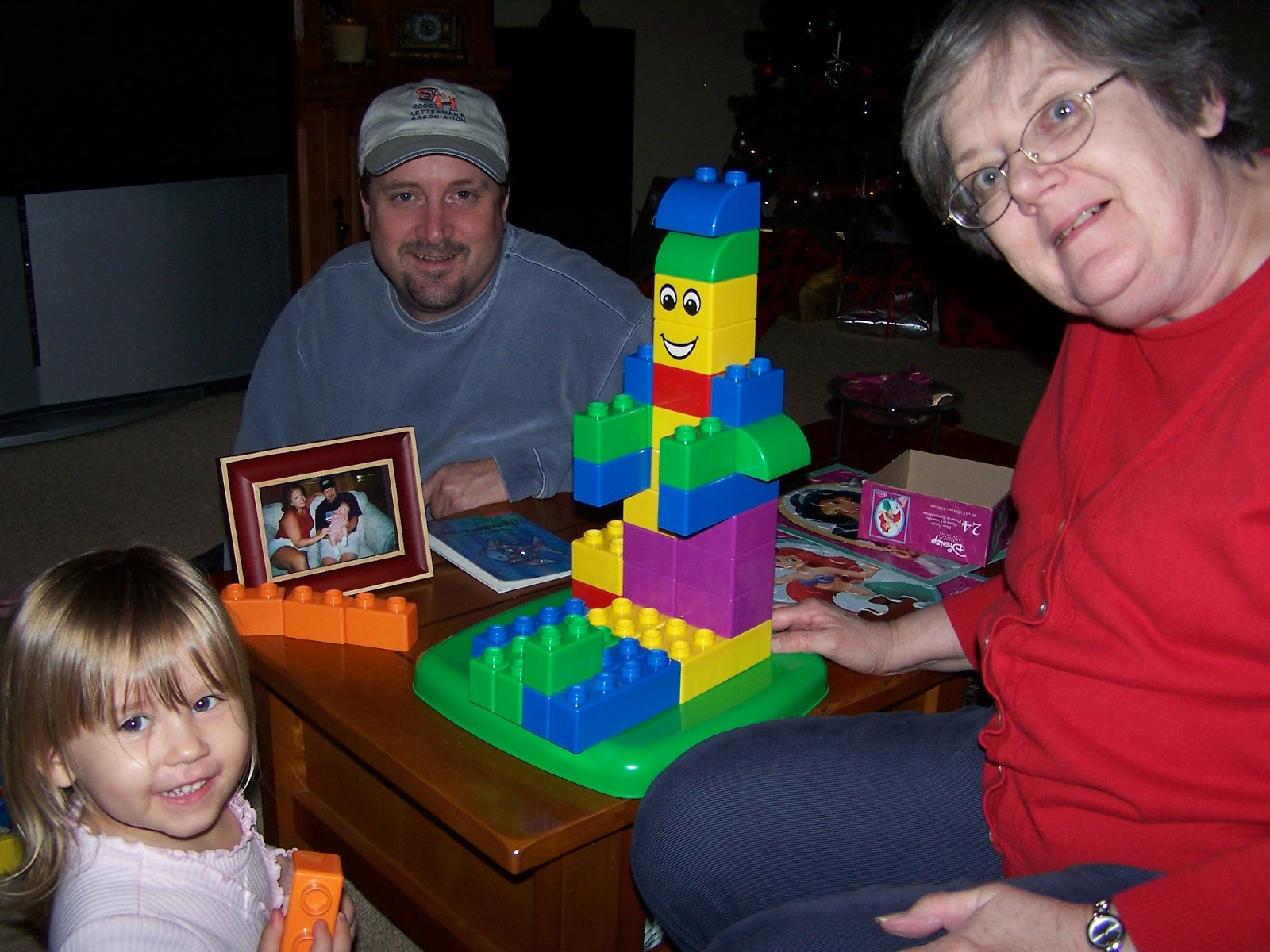 Christmas 2006 - 100_0884.JPG