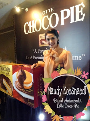 Maudy Koesnaedi, brans ambassador Lotte Choco Pie