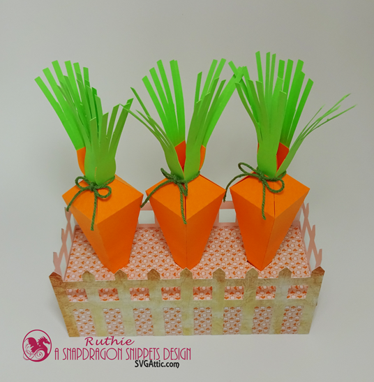 SnapDragon Snippets, Carrot 4 box with fence, Ruthie Lopez. 4