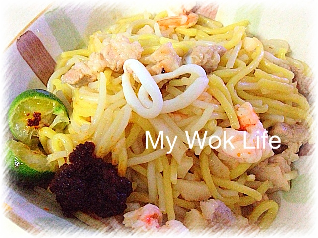 Singapore fried hokkien prawn mee my wok life delicious hawker food now home cook it yourself its yummilicious forumfinder Choice Image