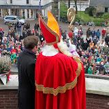 Kinderen halen Sinterklaas op bij de IJssel