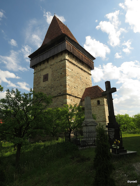 Wieża kościoła wDumitra