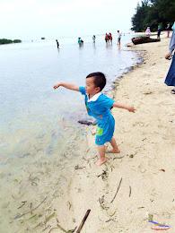 family trip pulau pari 140716 Fuji 045