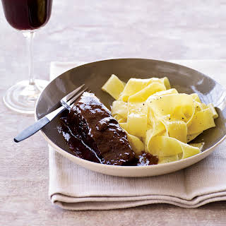 Easy Short Ribs Braised in Red Wine.