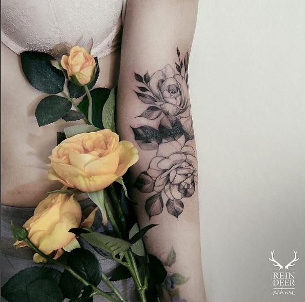 estas_deliciosas_blackwork_rosas