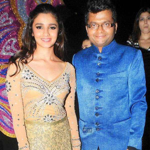 Alia Bhatt and Aneel Murarka at the International Indian Achiever's Awards 2014 (IIAA) organised by Poetic Justice Events and Entertainment Pvt Ltd held in Mumbai.
