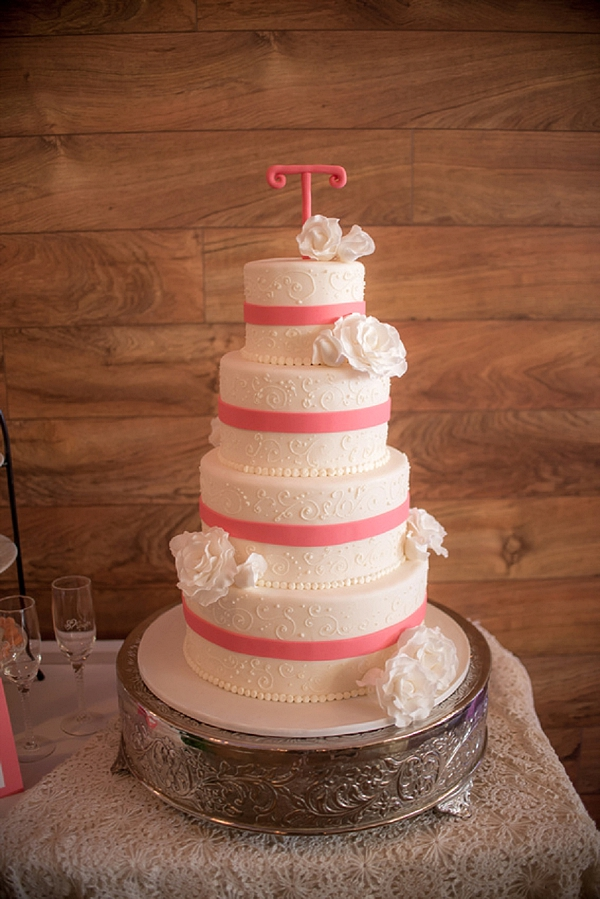 Rustic Country Style Wedding In Windsor Tidewater And