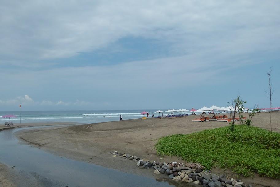 Seminyak beach1