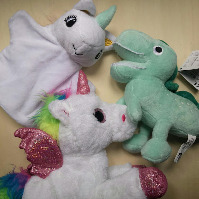 The world of claire haul unicorn and dinosaur flying - Peluches a 1 euro ...