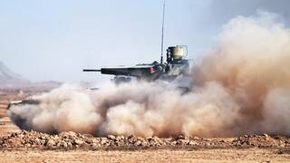 """El ejército de Argelia presenta su """"Terminator"""" ruso de fabricación local modernizada."""